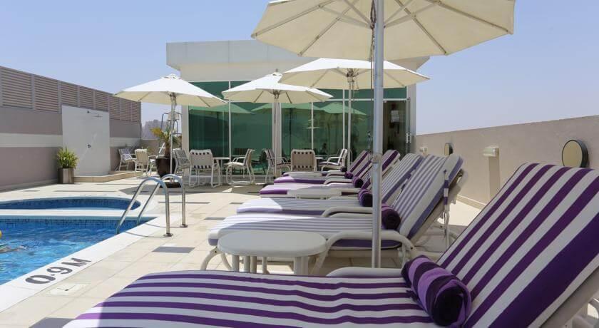 Cheap dubai oct half term holiday 1 week family for Dubai beach hotels cheap