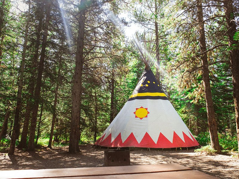 sundance-lodges-canada-glamping