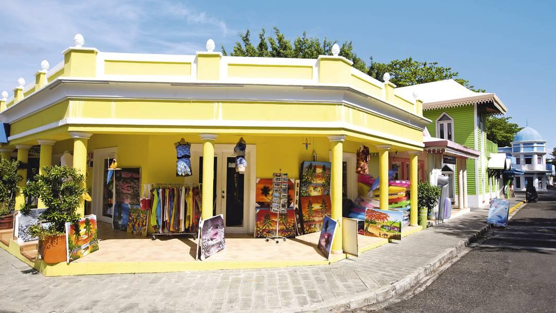 caribbeanmexicodominicanrepublicdominicanrep-puertoplatabahiamaimonriumerenguehotel-7