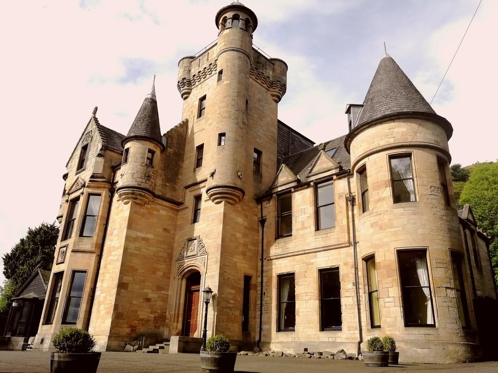 Broomhall-Castle