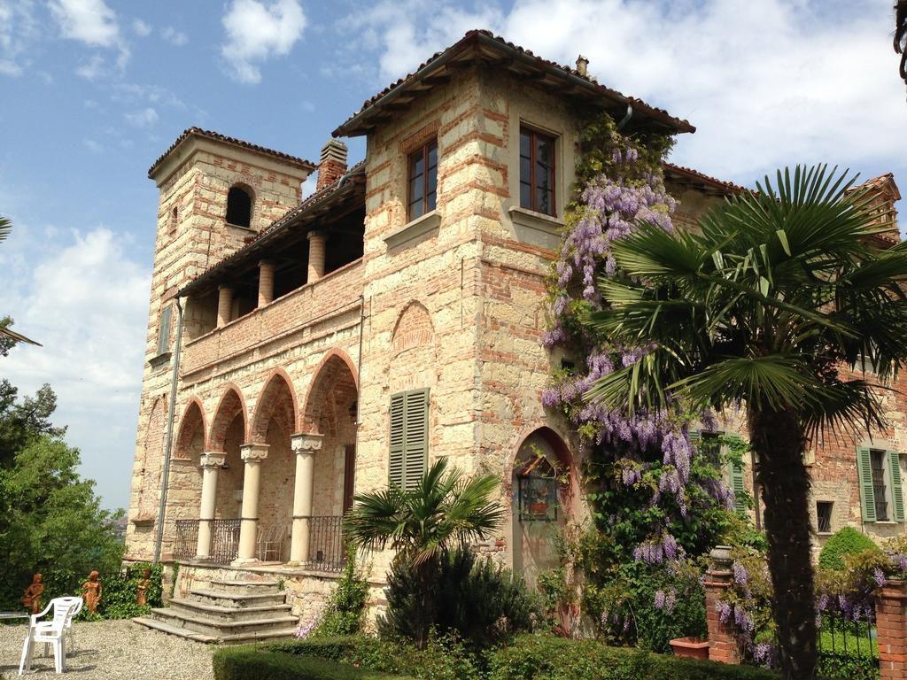 Castello-Di-Frassinello