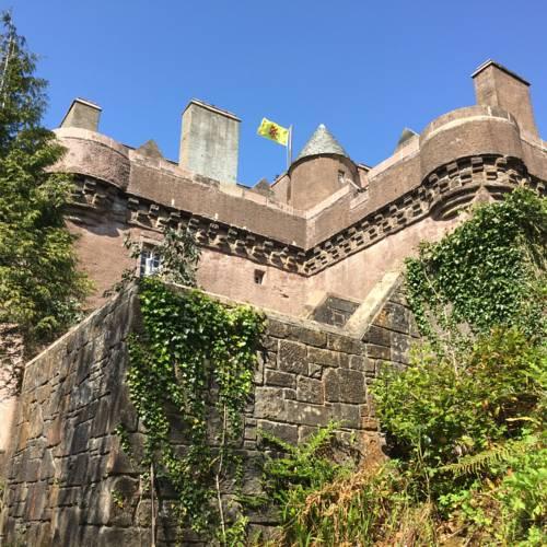 Castle-Levan