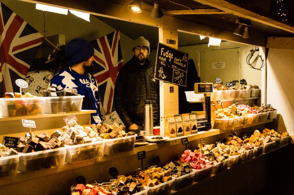 Copenhagen-christmas-market-fudge-seller