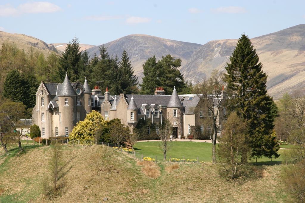 Dalmunzie-Castle