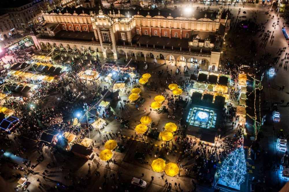 krakow-christmas-market-from-above