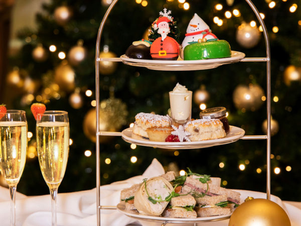 £19 instead of £38 for a festive afternoon tea for two, or £23 to add a glass of Prosecco each at Millennium Hotel, Glasgow - save up to 52%