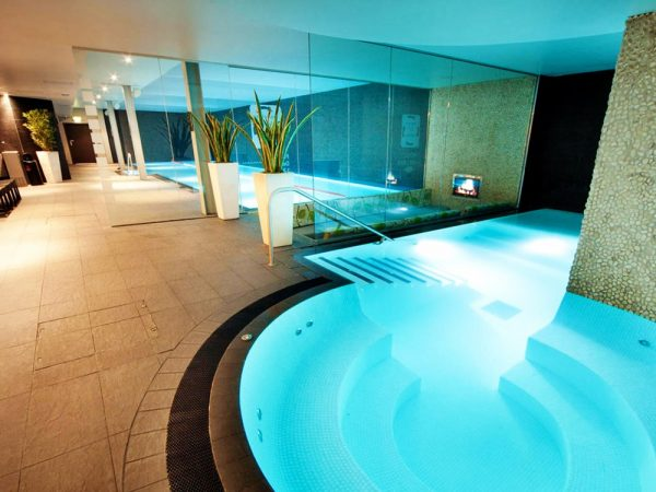 £59 -- Chester 'impressive' spa day w/facial & afternoon tea