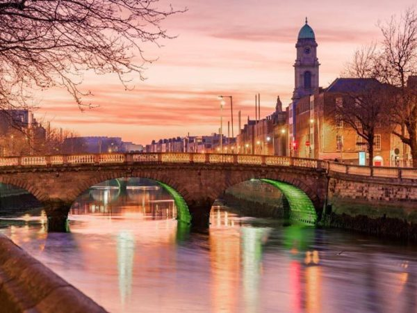 Escape with a two, three or four-night Dublin getaway - now with the ability to choose your flights!