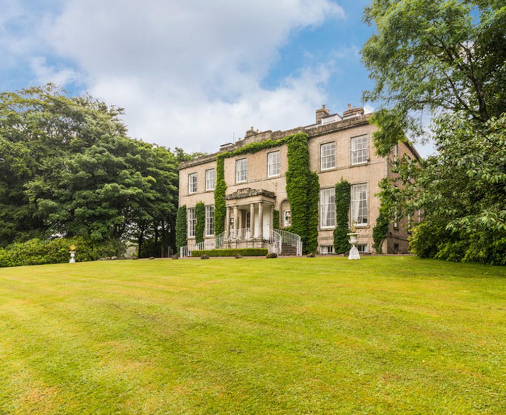 Regency Mansion