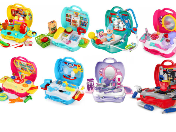£11.99 instead of £29.99 (from Hey4Beauty) for a children's role play carry case toy set, £19.99 for two sets - save up to 60%