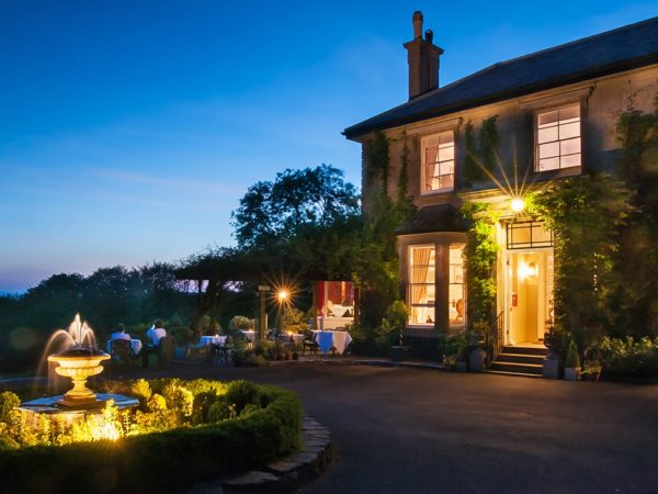 £169 -- Devon: gourmet getaway inc dinner, save 35%