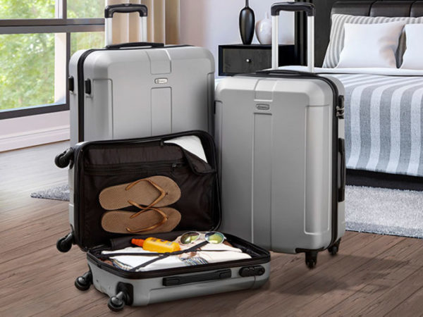 £79.99 instead of £229.99 (from CJ Offers) for a set of three luggage suitcases, £99.99 for three premium luggage suitcases - save up to 65%