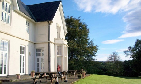 Devon: Double Room for Two with Breakfast, Unlimited Rounds of Golf and Optional Dinner and Wine at Welbeck Manor