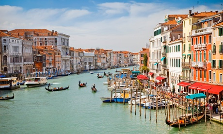 ✈ Venice and Florence: 4 or 6 Nights at Choice of Hotels with Flights and Train Transfer*