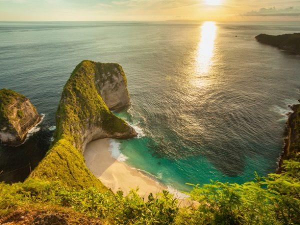 Bali & Lombok island-hopping holiday to five idyllic destinations, Ubud, Nusa Penida, Gili Meno, Lombok & Sanur - save 33%