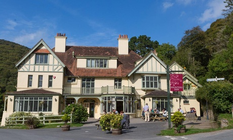 Devon: Superior Room for Two with Breakfast, Cream Tea and Fizz on Arrival at The Hunters Inn