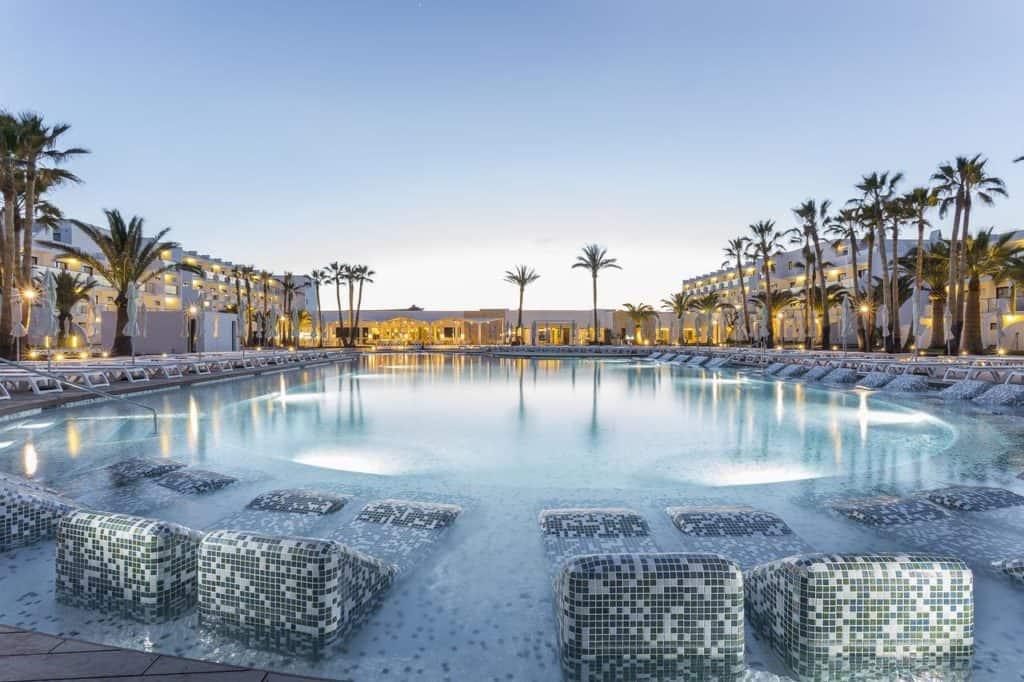 swimming pool at Grandpalladium white island resort & spa