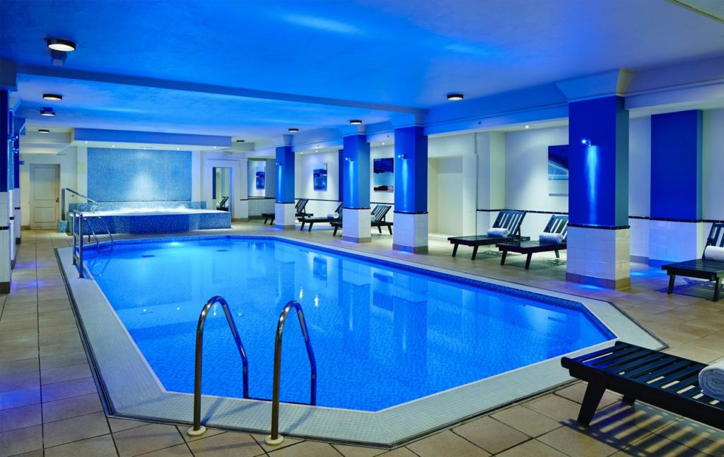 Large Swimming Pool with Lounges at Family-friendly Birmingham Marriott Hotel