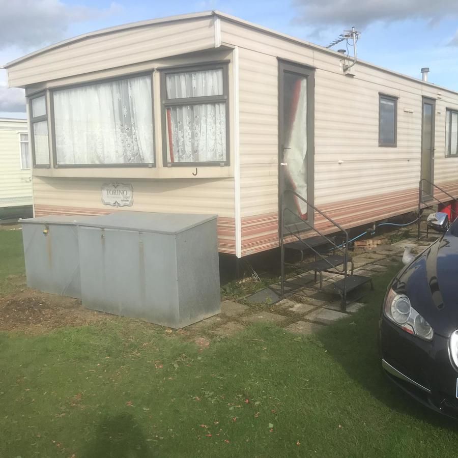 Outside of a family caravan-type accommodation that sleeps 6 at Caravan to Hire Dymchurch