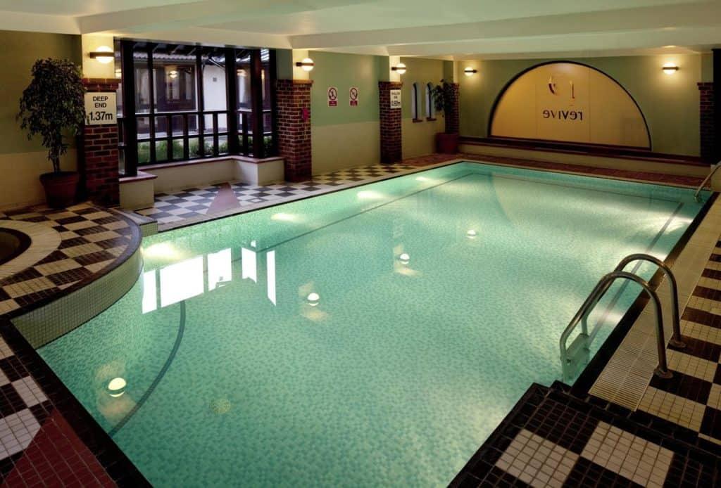 Kid-friendly swimming pool at Holiday Inn Birmingham Bromsgrove