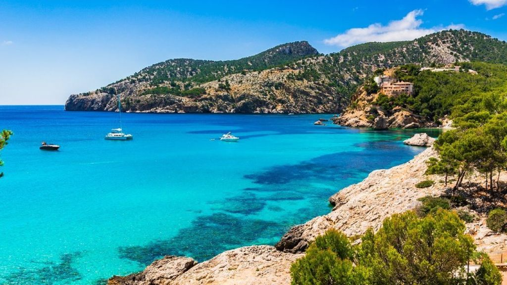 family friendly sandy beach of majorca