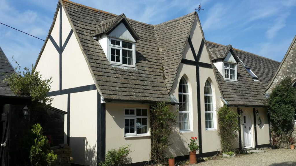 Exterior of a family home that sleeps 6 at School House Cottage (Holiday Home)