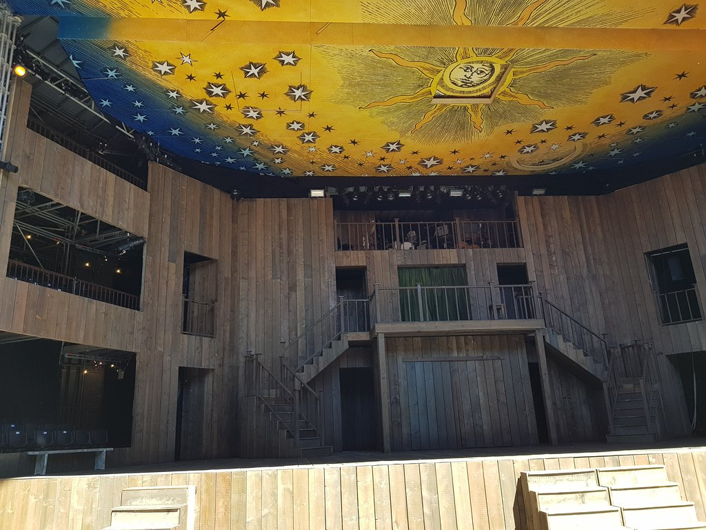 Stage at Shakespeare Rose Theatre