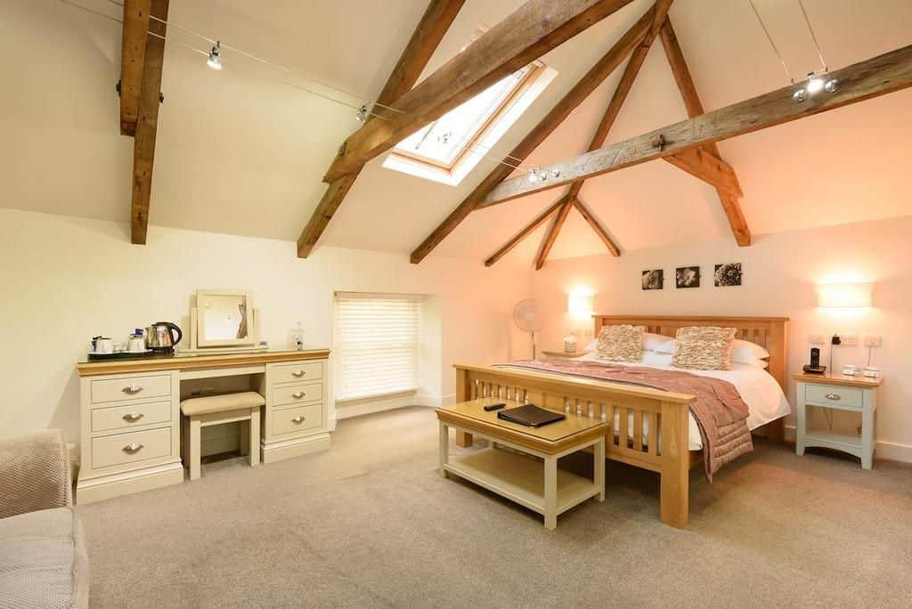 large family friendly room britanniainn waves cornwall