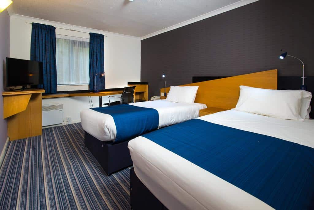 Room, 2 Single Beds, Non Smoking - Guest Room