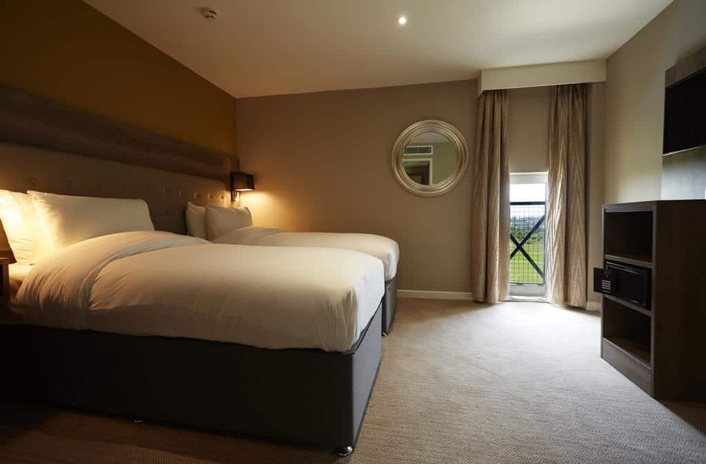 Superior Quadruple Room, Golf View - Guest Room
