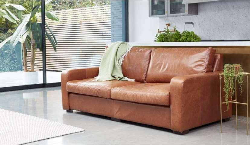Sandhurst 3.5 seater sofa in waxy semi aniline Tan